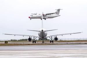 Leder: Vi kan ikke undvære flyet
