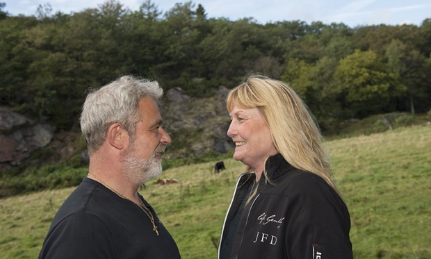 40 år efter deres første kys mødtes de igen – og giftede sig